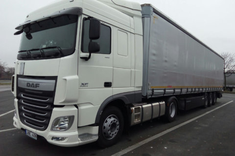 kriola_truck-right-side