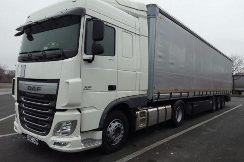 kriola_truck-right-side